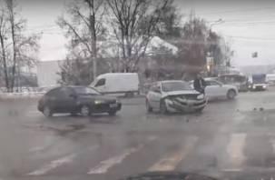 В Смоленске на Витебском шоссе жёсткое ДТП попало на видео
