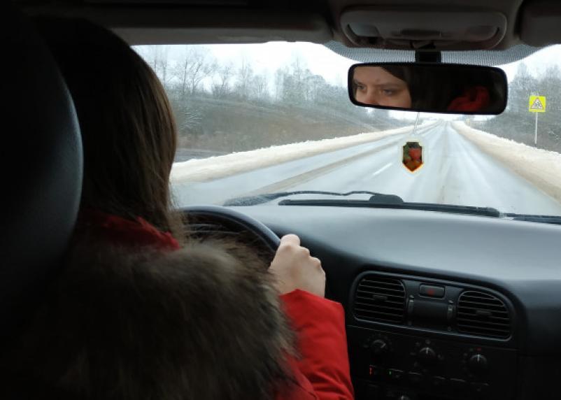 За превышение скорости на 10 км/ч водителей хотят штрафовать на 500 рублей