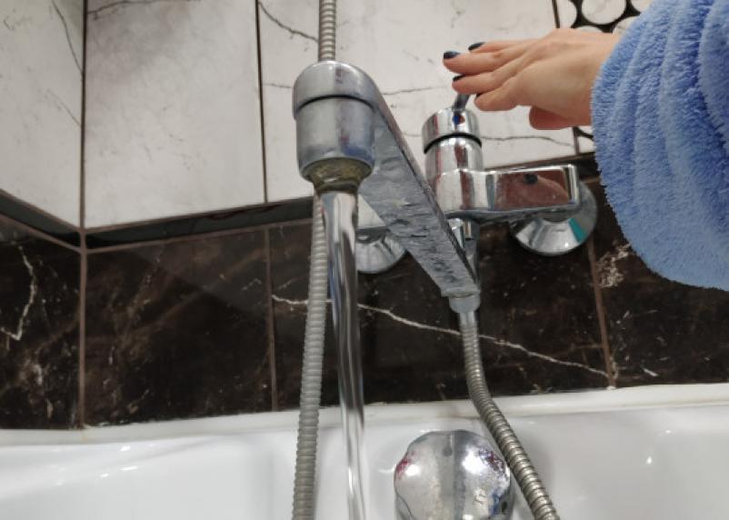 В районе Тихвинки в Смоленске «отрубят» воду