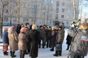 В Смоленске начался долгожданный ремонт разваливающегося дома