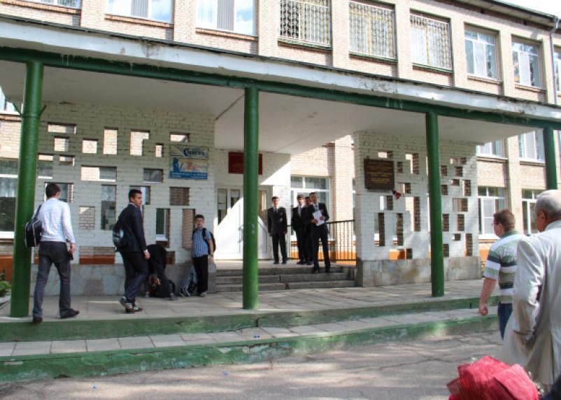В российских школах могут появиться шкафчики для вещей учащихся