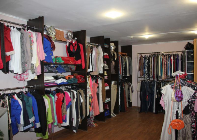 В Смоленске ограбили магазин одежды в торговом центре