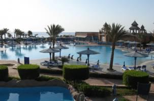 Жителям России могут разрешить платить на курортах Турции рублями