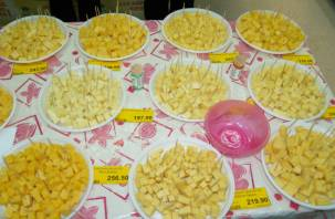 Росконтроль нашел нитраты во всех брендах твердого сыра
