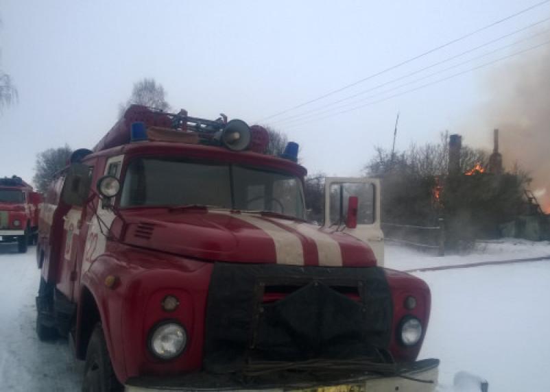 Гараж и баня вспыхнули за несколько минут в Смоленской области