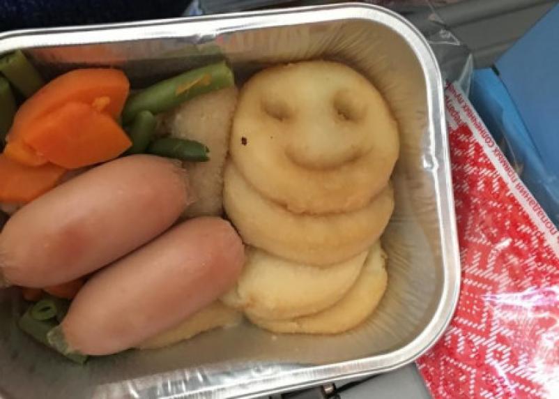 Еда в самолете может быть опасна для здоровья