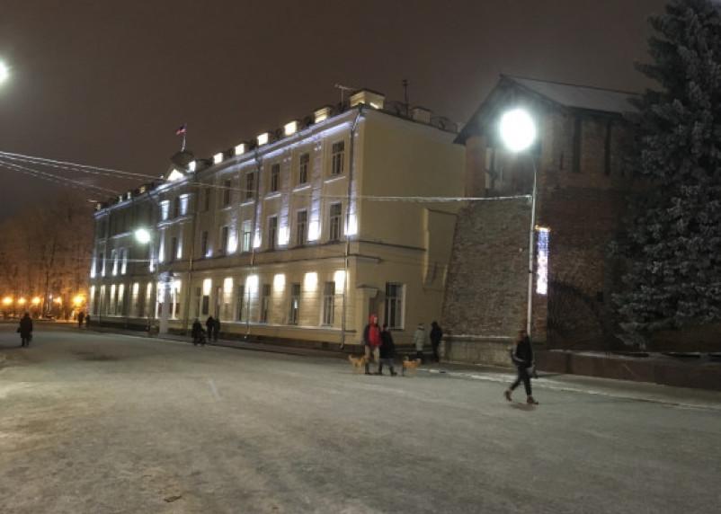 Власти Смоленска назвали «кощунством» устройство ледяных горок на памятных местах