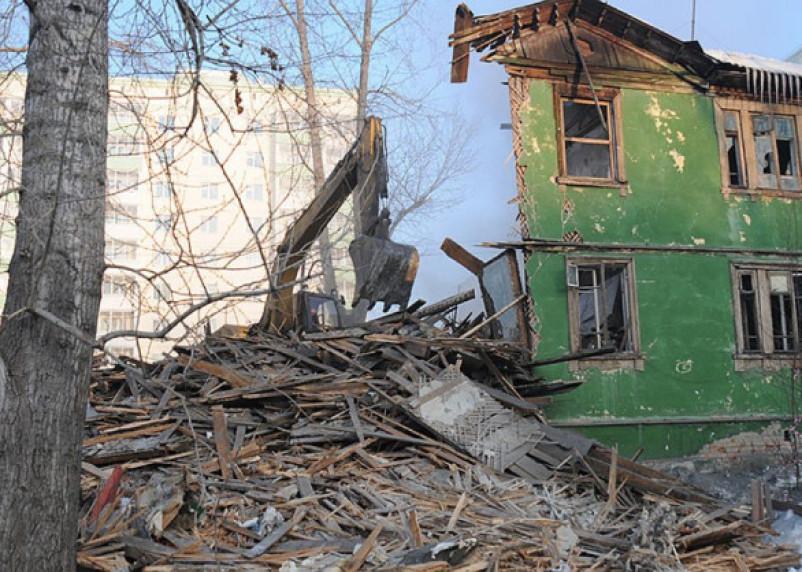В Смоленске дом признали аварийным и подлежащим сносу