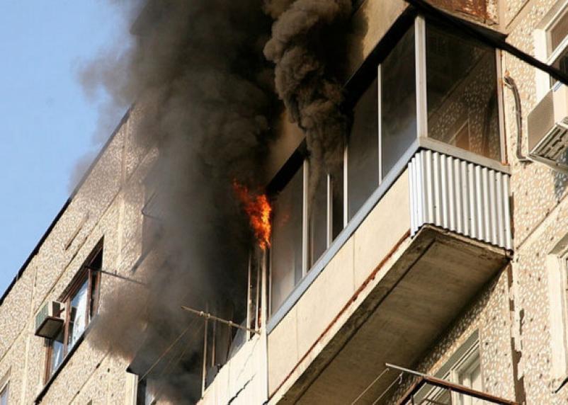 В Смоленской области соседи спасли детей из горящей квартиры