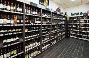 Депутаты предлагают табак и алкоголь продавать только в специальных магазинах