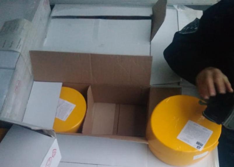 Смоленские таможенники задержали караван нелегального груза. Один из дальнобойщиков устроил гонки