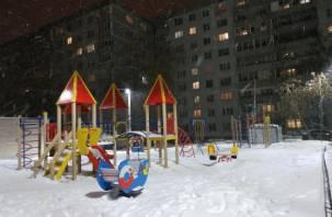 Тревожные кнопки и видеокамеры. В России хотят повысить безопасность на детских площадках