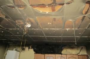 Электричество «уничтожило» потолок в доме смолян
