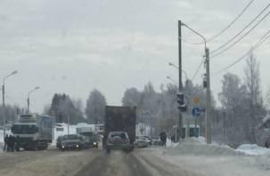 Все живы. Три человека обратились за помощью после массовой аварии на улице Кутузова
