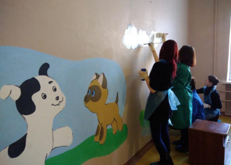 Добровольцы сделали ремонт в смоленской гедеоновской больнице