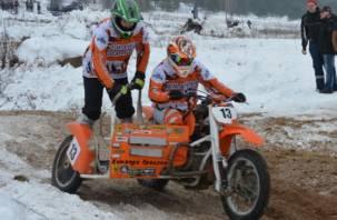Под Смоленском состоялся VI зимний мотокросс «Волчьи святки»