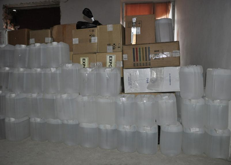 В Смоленске перед судом предстанут организаторы подпольного алкозавода