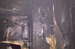 Хозяин квартиры госпитализирован. Вредная привычка стала причиной пожара в Смоленской области