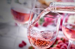 Важно поймать момент. Специалисты проверили розовое вино