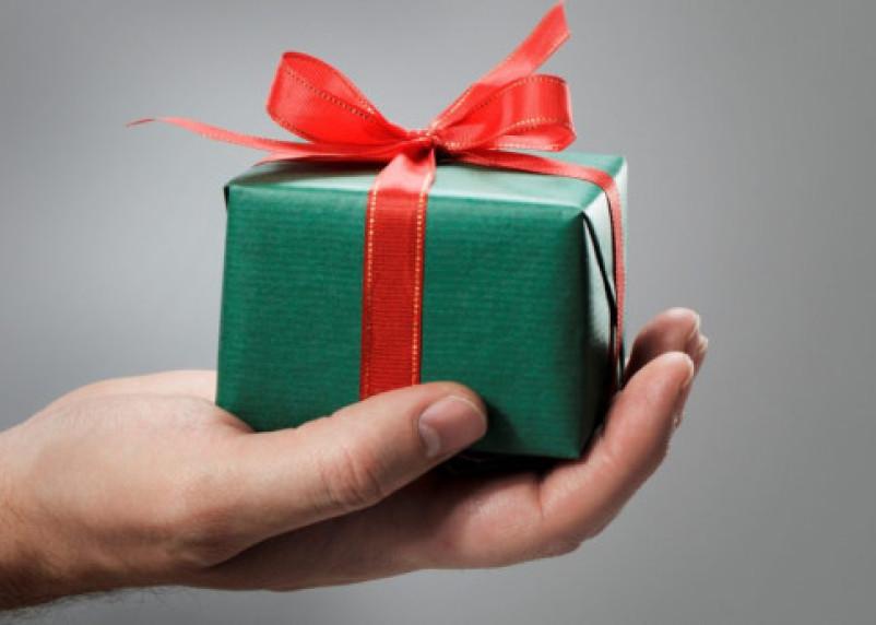Носки или зубная щетка? Как выбрать хороший подарок на 23 февраля