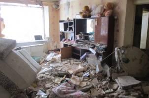 Судьба ярцевчан из взорвавшегося дома пока в подвешенном состоянии