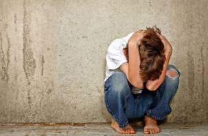 Школьника из Рославля насиловали высокопоставленные педофилы. У мальчика обнаружена смертельная болезнь