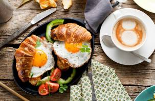 Из каких продуктов должен состоять завтрак школьника