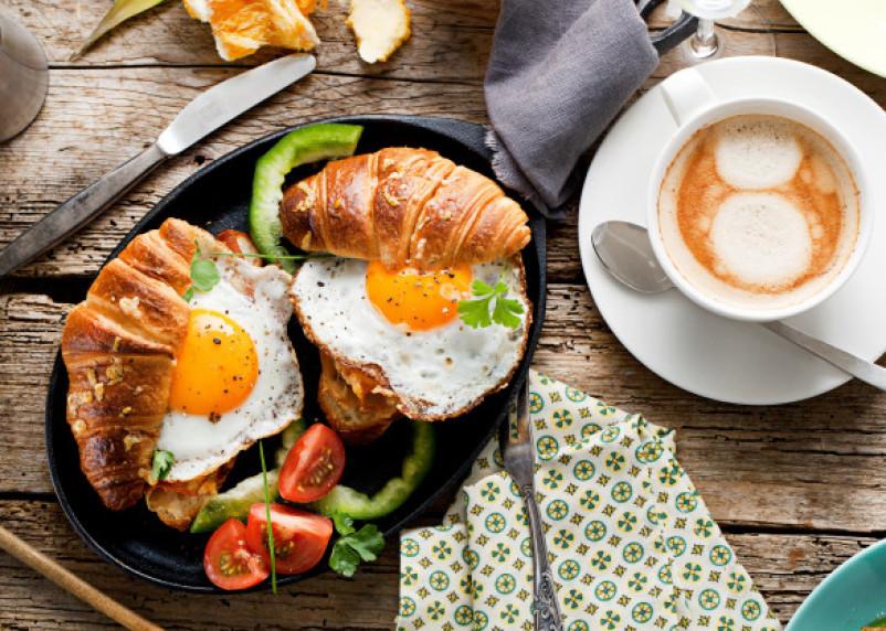 Развеян миф о пользе завтрака для похудения