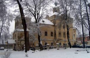 В смоленском доме-церкви прошло первое за 100 лет богослужение