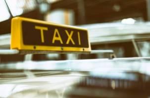 Госдума введет в России госрегулирование такси