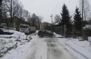 В Смоленске ВАЗ сбил ребенка, а Киа – женщину