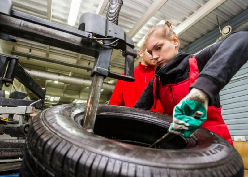 В марте в РФ примут обновленный перечень вредных для женщин профессий