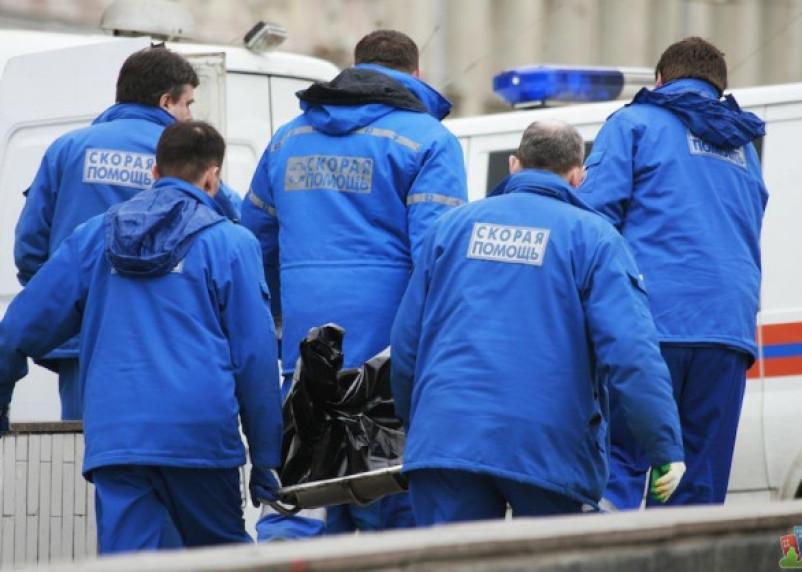 В Смоленске труп выносили шесть человек