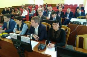 Первый вопрос сессии Горсовета. Смоленск возглавила женщина