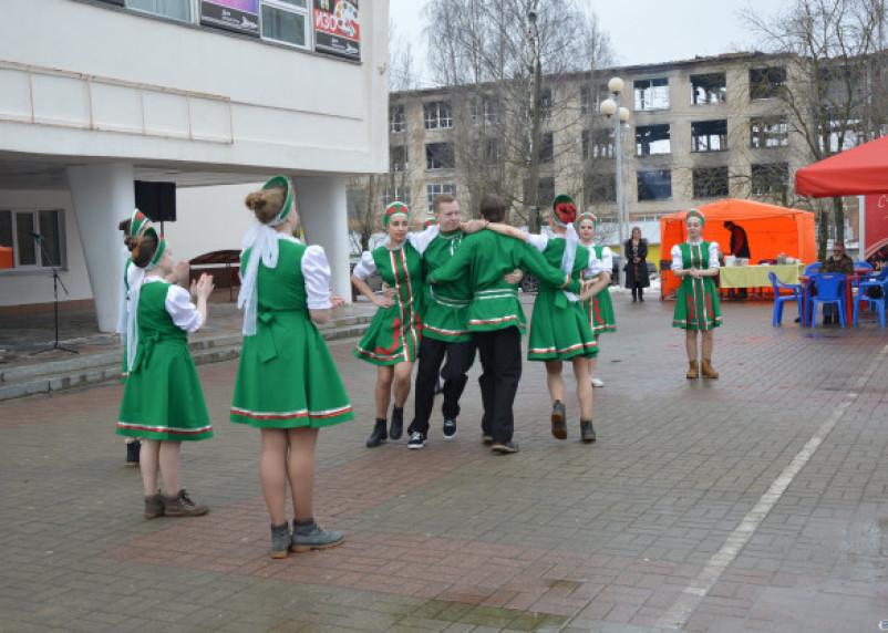 Смоленскстат озвучил зарплату работников культуры
