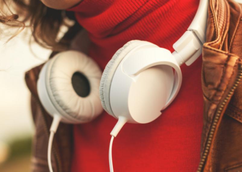 Какую опасность таит прослушивание музыки