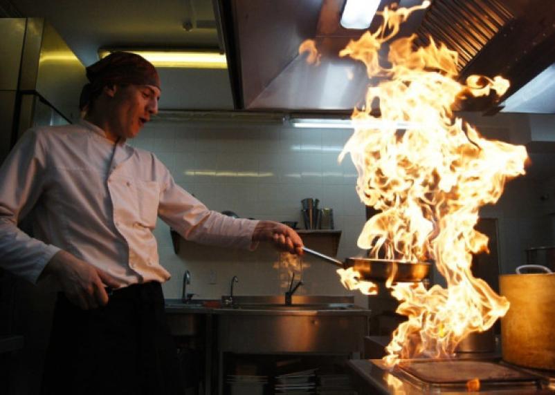 Сколько зарабатывает повар в Смоленске