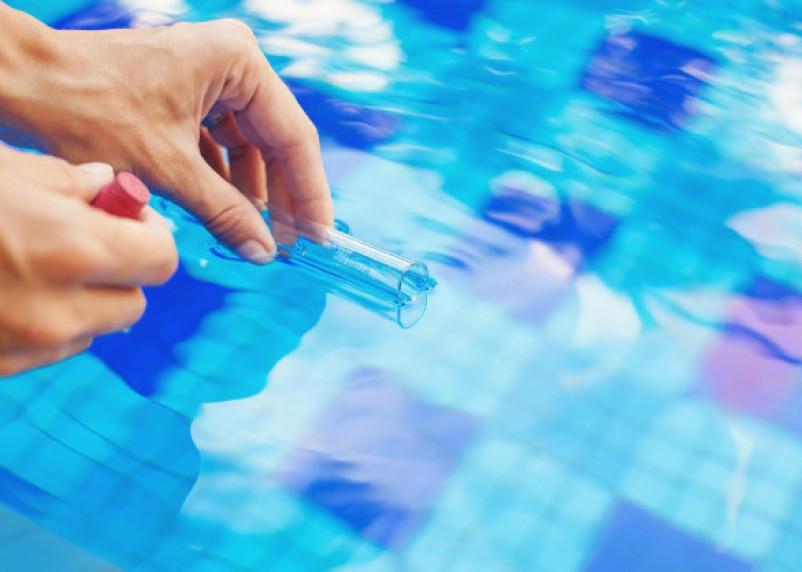 Закройте рот. Вода в бассейнах отелей провоцирует инфекции