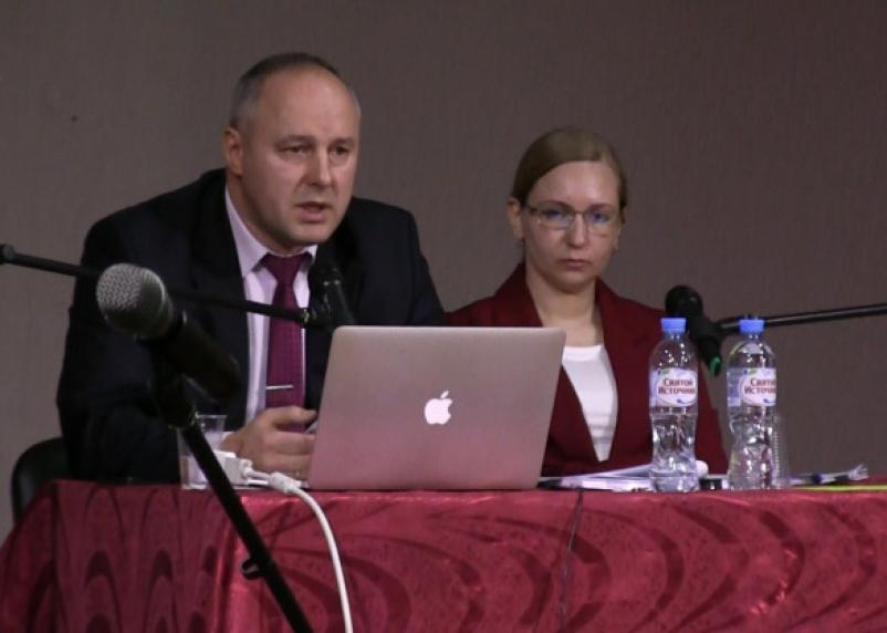 Глава Печерска передумал судиться с «Единой Россией»