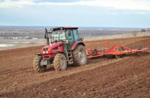 В Смоленской области начались весенние полевые работы