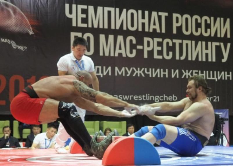 Смоленский спортсмен – среди победителей чемпионата по мас-рестлингу