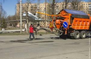 Ямочный ремонт на шести улицах Смоленска сделают до конца апреля