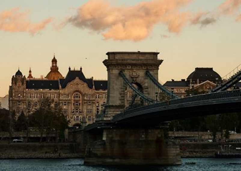 Определены самые популярные у туристов города