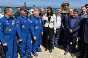 Парк имени Юрия Гагарина открыли на острове Крит