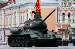 Новый танковый полк развернут на Смоленщине