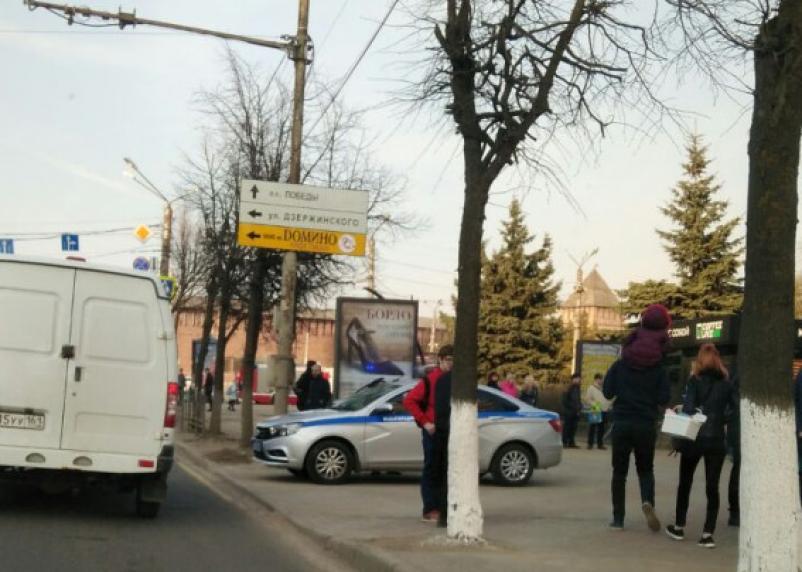 Эвакуируют торговые центры. В Смоленске прошла волна ложного минирования