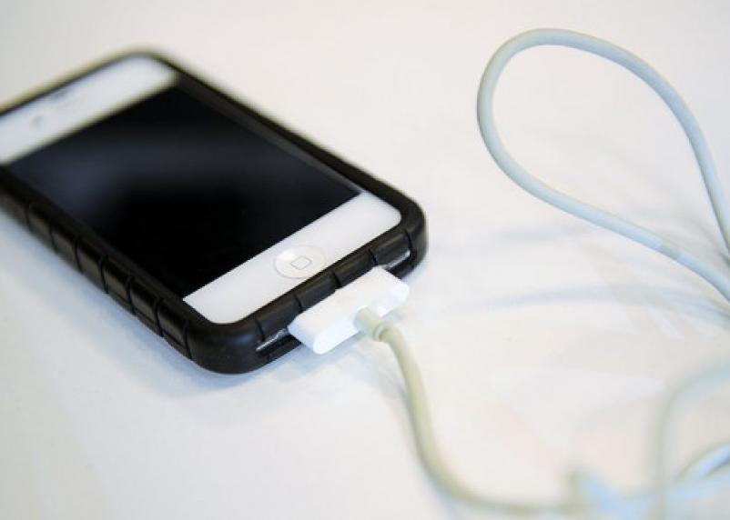 Как избежать взрыва или возгорания аккумулятора смартфона