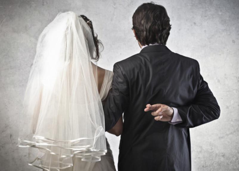 «На счастье». Какие свадебные приметы обещают счастливый брак