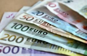 Курс евро обновил максимум с декабря 2014 года