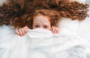 Среди детей распространяется новое парализующее заболевание